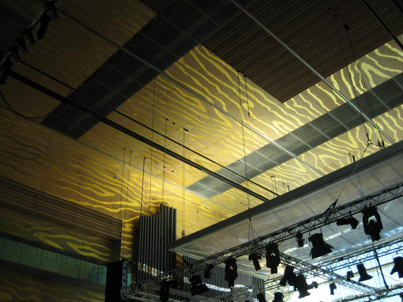 auditoria acoustic panels